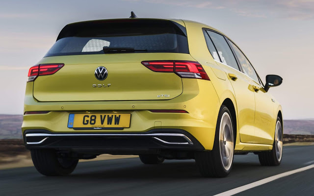 VW Golf 8 volta a ser vendido após correção de software