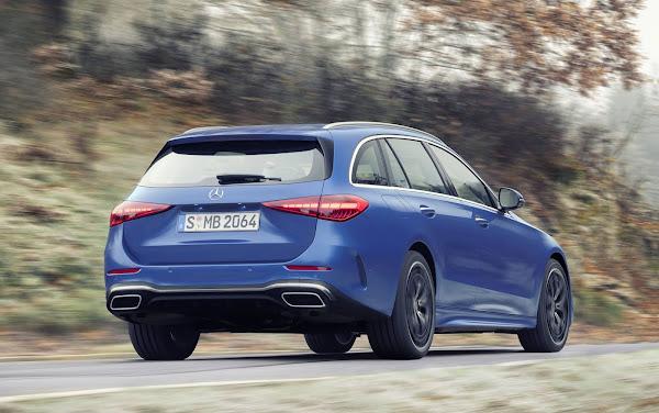 Mercedes reduz produção na Europa devido à escassez de semicondutores